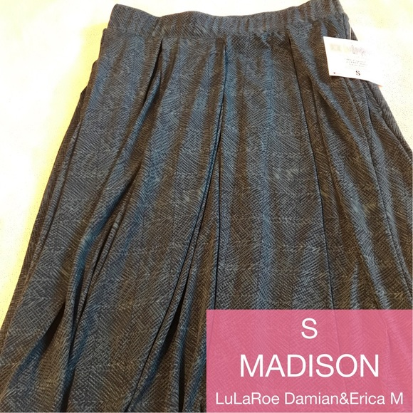 LuLaRoe Dresses & Skirts - LuLaRoe Madison skirt, size small, NWT